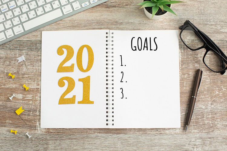 What are your top New Year's Resolutions? If insuring your jewelry isn't on your to-do list for January, it's time to rewrite your goals and make it a priority in 2021!